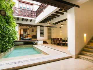 Palatial 4 Bedroom Home in Old Town - Colombia vacation rentals
