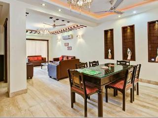 SERVICE APARTMENT SOUTH DELHI 3 BHK NEW - National Capital Territory of Delhi vacation rentals