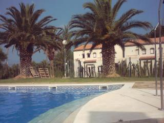 Semidetached House in a nice, calm place at Montroig Bahia 3 Beds, up to 5 people - Province of Tarragona vacation rentals