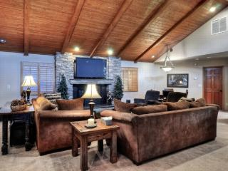 #27: Lassen Lodge - Big Bear Lake vacation rentals