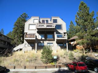 Ski condo on top of Heavenly in Lake Tahoe - Stateline vacation rentals