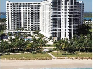 Luxury living in Bal harbour, on the beach, 1 br 1.5 bath. - Bal Harbour vacation rentals