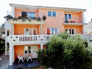 Apartments ANA, Croatia, Island KRK-NINA C.G - Silo vacation rentals
