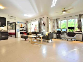 Superlux 1250 sq. ft. in Ocean front condo. - Sosua vacation rentals