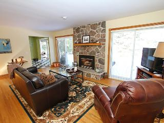 Glencoe House cottage (#829) - Tobermory vacation rentals