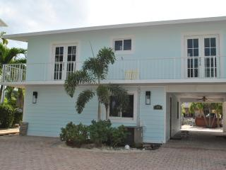 140 Harbor Ln  - 28 NIGHT MINIMUM - Tavernier vacation rentals