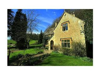 Woodells Cottage - France vacation rentals