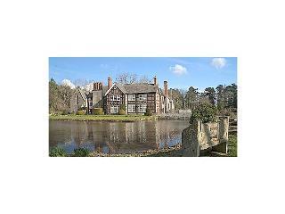 Tudor Courthouse - Stretton Sugwas vacation rentals