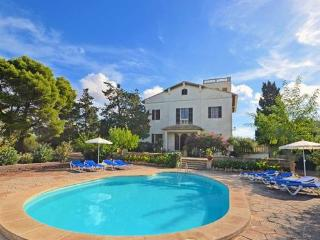 Large Holiday Villa in Llucmajor for 12  people with 2 extra beds - ES-1077994-Llucmajor - Llucmajor vacation rentals
