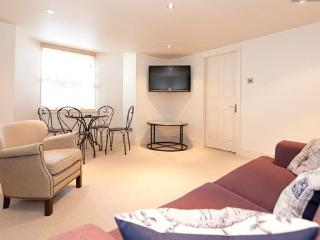 Superior Apartment for Conference/ holidays base - Harrogate vacation rentals