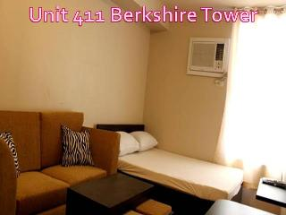 Fully Furnished Condo Unit for Weekly  Rent - Woodston vacation rentals