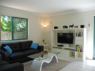 Easy Living in Vibrant Trendy Bulimba - Brisbane vacation rentals