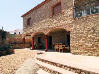 Villa Fernanda a charming house in the heart of Extremadura, Spain - Plasenzuela vacation rentals