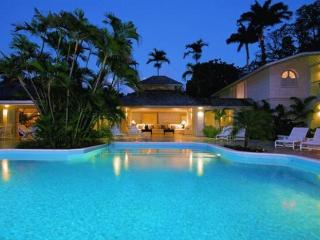 **Luxury 6 Bedroom Coastal Villa with Large Pool** - Sunset Crest vacation rentals