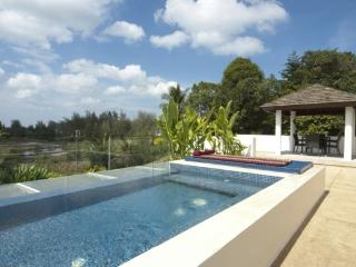 2 Bedroom Modern Apartment in Bangtao, Phuket - ban47 - Kata vacation rentals