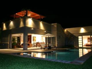 Holiday Villa with Garden in Phuket - ban22 - Kata vacation rentals