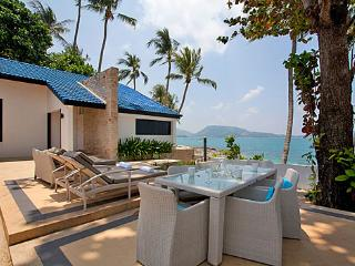 Absolute Ocean Front 2 Bedroom Villa in Kalim Beach - pat03 - Patong vacation rentals