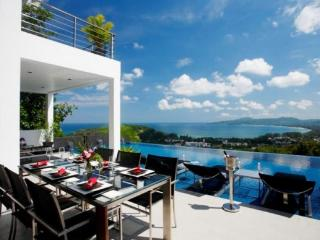 Stunning 5 bedroom sea view pool villa for rent in Surin, Phuket - sur17 - Kata vacation rentals