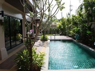 Three Bedroom Family Holiday Villa in Rawai, Phuket - raw16 - Rawai vacation rentals