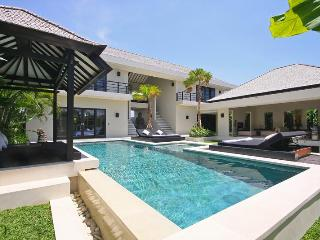 Body 6 pax - Canggu vacation rentals