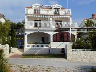 35197  A5(6+2) - Razanj - Northern Dalmatia vacation rentals