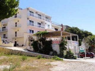 35204 A1(2+2) - Lokva Rogoznica - Central Dalmatia vacation rentals