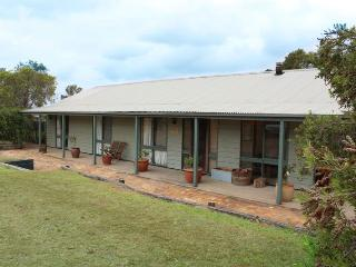 Claremont Cottage - Pokolbin vacation rentals