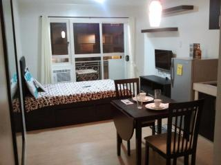 Resort Living Condo in Sorrento Oasis Pasig - Pasig vacation rentals