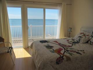 Waterfront on the Bay, incredible views 1BR + Loft - Truro vacation rentals