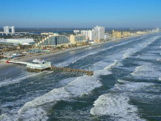 Daytona Beach Regency Luxury Ocean-Front 1 BDRM - Daytona Beach vacation rentals