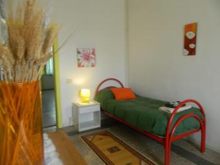 Montanelli Airport Apartment - Pescia vacation rentals