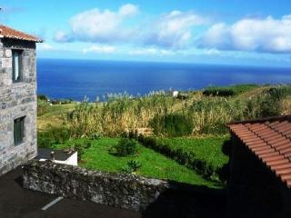 Holiday house in the Azores for up to 6  people in a quiet location - PT-1077989-Achada – Nordeste - Azores vacation rentals