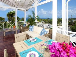**Grandeur 3 Bedroom Apartment near Oceanfront!** - Weston vacation rentals