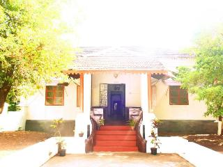 Beautiful Colonial Portuguese Villa in Assagao - Mapusa vacation rentals