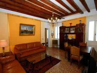 Venice Campo Dell'arsenale Apartment - Venice vacation rentals