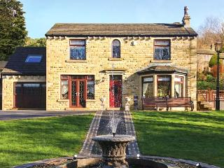 HOLMFIELD CROFT, detached, luxury, unique murals throughout in Oxenhope, Ref 24759 - Yorkshire vacation rentals