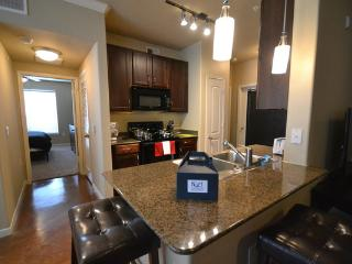 Great 2 BD in Gallaria2GA7777198 - Houston vacation rentals