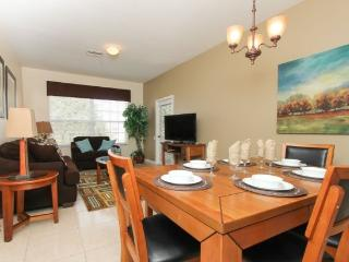 WP3C8107CPW-305 3 Bedroom Elegant Vacation Condo in Windsor Palms Resort - Four Corners vacation rentals