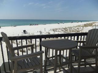 B1-105, Furnished with relaxation and simplicity in mind. - Carillon Beach vacation rentals