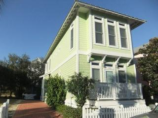 Lily Pad, Bright, Beachy, Fun! - Carillon Beach vacation rentals