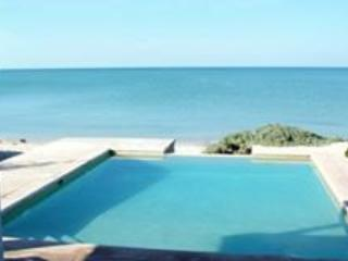 MIG HOUSE- Beautiful Beach House in Chelem Mexico - Chelem vacation rentals