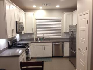 Luxury Condo Close to Great Dining, Attractions. - Phoenix vacation rentals