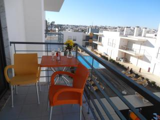 Good Quality 1 Bedroom Holiday Apartment With Fantastic Views Ref.: Mlo4 - Lagos vacation rentals