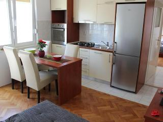 Valentino 1 cozy apartment near Old town - Split vacation rentals