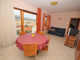 Penthouse  with a swimming pool and old city wiew - Trogir vacation rentals