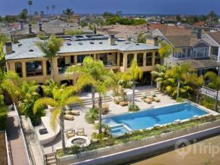 Stunning 9,500 sq. ft. 7 BR Peninsula Point Bay-front Estate with Pool, Spa, & Private Dock (3768096) - Newport Beach vacation rentals