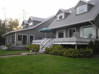 Private Waterfront Home On Lake Champlain With 10 Landscaped Acres - North Hero vacation rentals
