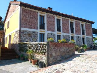 Typical villa 10 min. from beaches & main Cities - Asturias vacation rentals