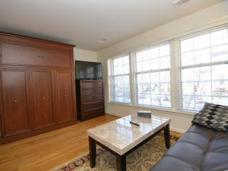 Dupont Circle - Cozy Historic Gem!! - Los Angeles vacation rentals