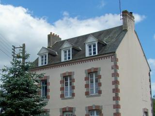 Belle Madeleine B&B in Pays-de-la-Loire, France - Mayenne vacation rentals
